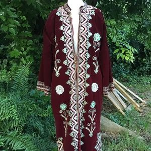 Velvet coat tunic with sequins and embroidery